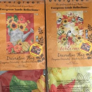 2 Fall Decorative flags 29' x 43'